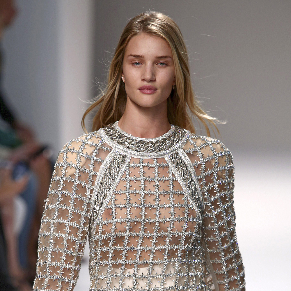Rosie Huntington-Whiteley Hits The Catwalk For Balmain ... Rosie Huntington Whiteley Clothing