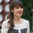 Zooey Deschanel and cast in New Girl