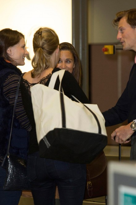 Pippa Middleton and Nico Jackson at Edinburgh airport
