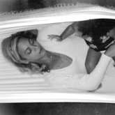 Beyonce shares pictures from her holiday album