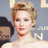 Jennifer Lawrence shows off her new pixie crop at The Hunger Games: Catching Fire premiere in Madrid