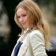 Kate Bosworth wavy hairstyle