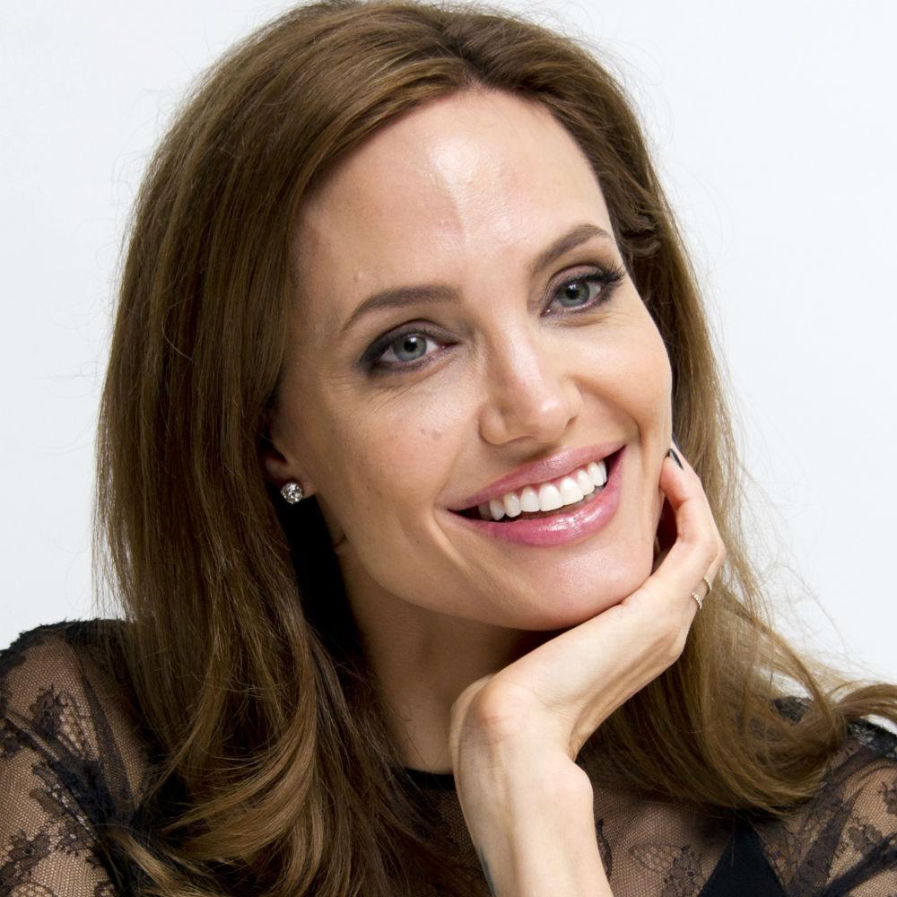 Angelina Jolie running for political office - angelina-jolie-politics