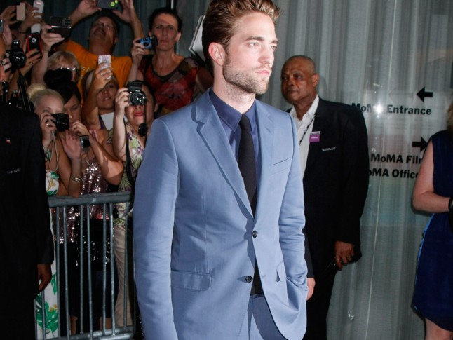 rob pattinson whos he dating