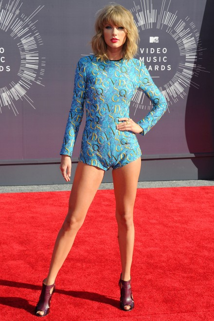 Taylor Swift Yoga Pants Vma-2014-g-taylor-swift-2.jpg