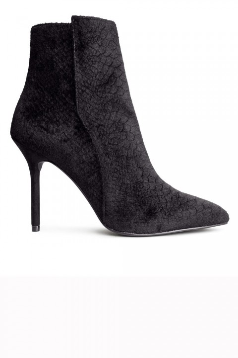 H&M Pointed Boots, £34.99