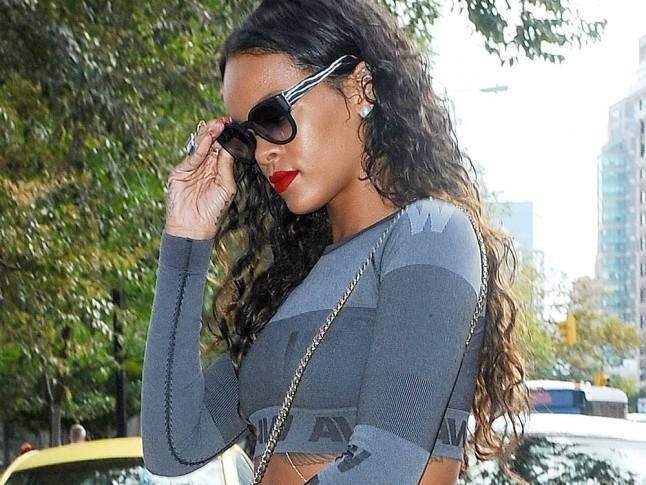 Photo of Rihanna in Alexander