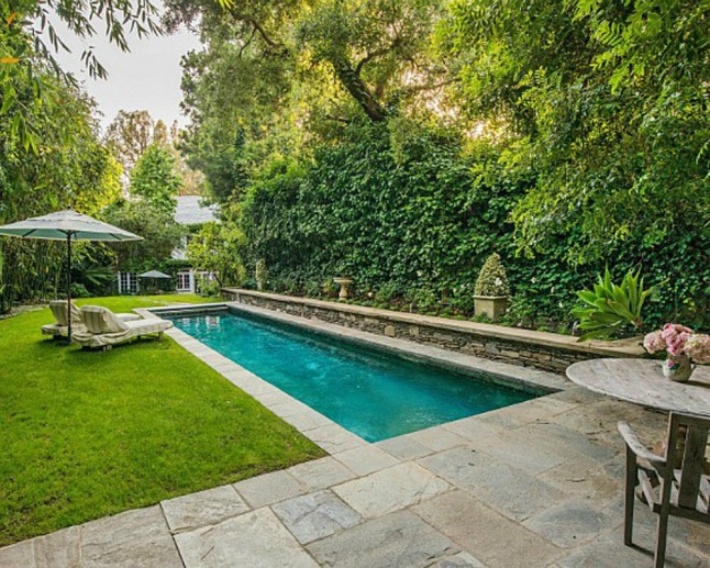 See Inside Jennifer Lawrence 39 S New House Marie Claire