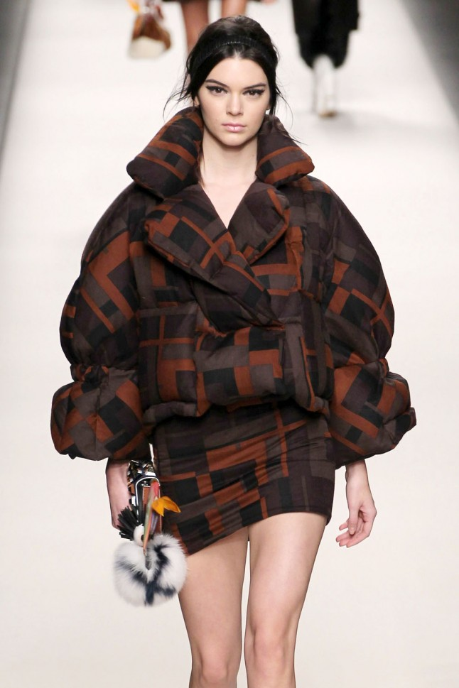 Kendall Jenner Walks At The Fendi AW15 Fashion Show ...