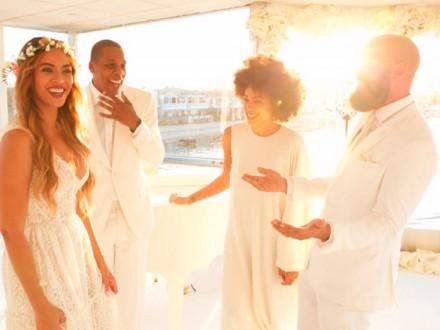 Beyonce Knowles and Jay Z at Tina and Richard Lawson's wedding