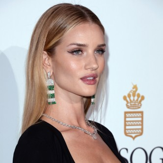 Rosie Huntington Whiteley in Best Liquid Eyeliner