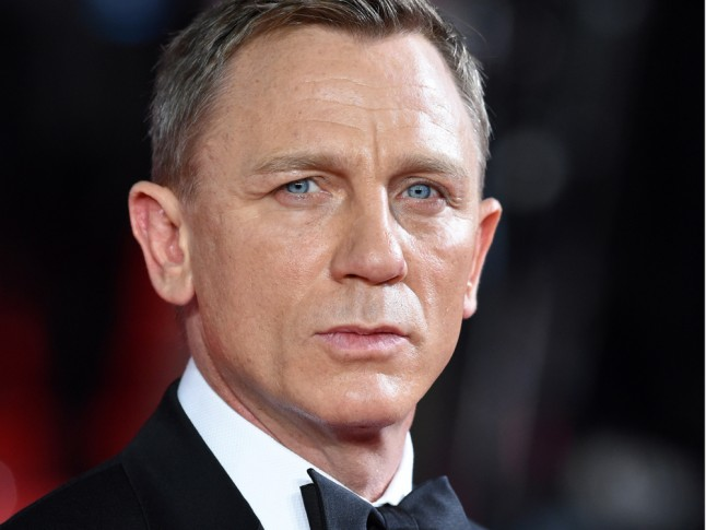 Daniel Craig Brilliantly Shut Down Ageist Comments Over Bond Girl ... Daniel Craig