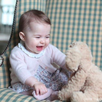 Princess Charlotte First Baby Photo T