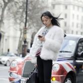 Streetstylewomanwithphone