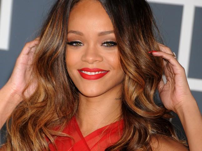 Rihanna L