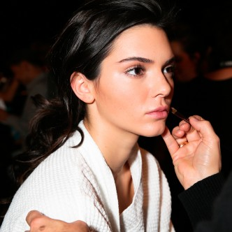 Best Foundation - Kendall Jenner Catwalk Model