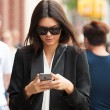 kendall-jenner-phone-T