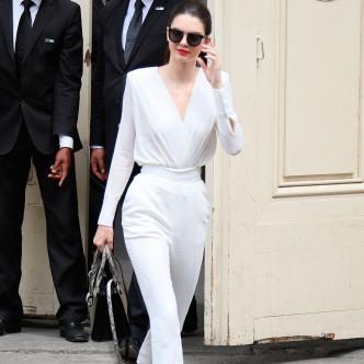 Kendall-Jenner jumpsuit edit