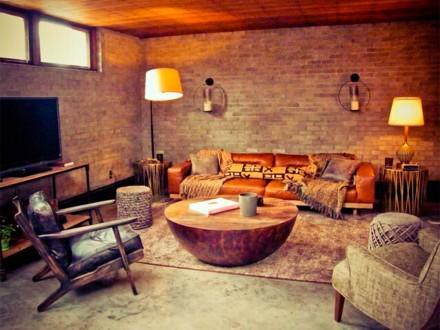 Aaron Paul house airbnb