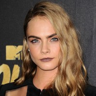 Cara Delevingne Long Bob Pictures