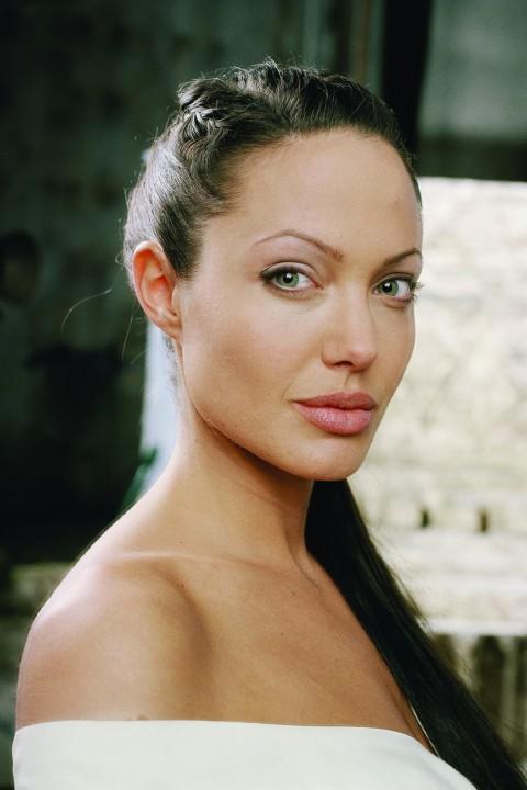 News Pics and More... - Page 6 Angelina-7