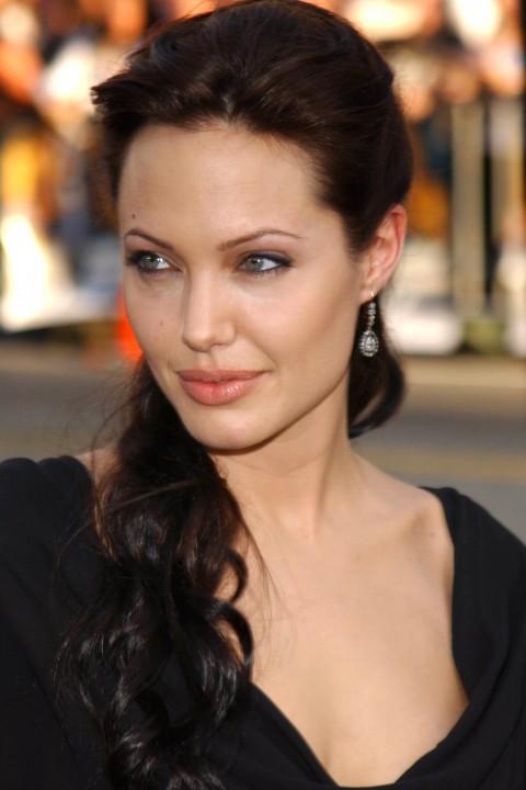 News Pics and More... - Page 6 Angelina-9