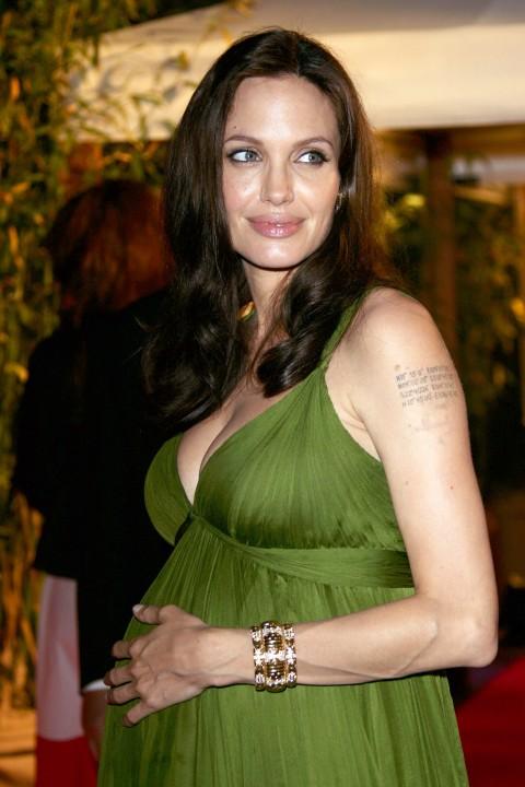 News Pics and More... - Page 6 Angelina-17