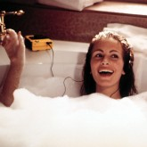 Pretty woman bath THUMB.jpg